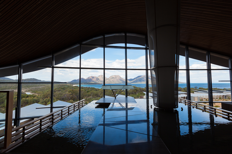 architecture in Tasmania, Saffire Freycinet, curved lines, glass faceted