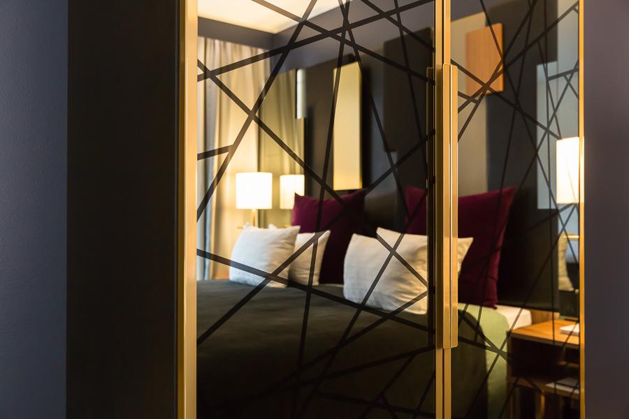Hotel interior, mirror, pattern, natural light, photographer Copenhagen, Skt. Petri